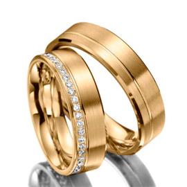 4e0df33c8130e Alianças de noivado e casamento